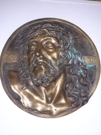 Sculptura in bronz cu isus cristos