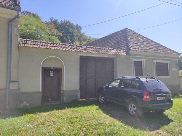Vand casa boiereasca foarte mare in localitatea Valea Mare, jud. Arad