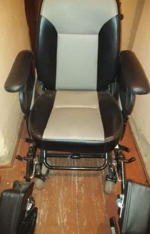 Продам инвалидную коляск