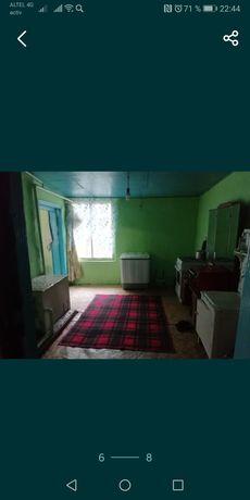 Продаю пол.дома