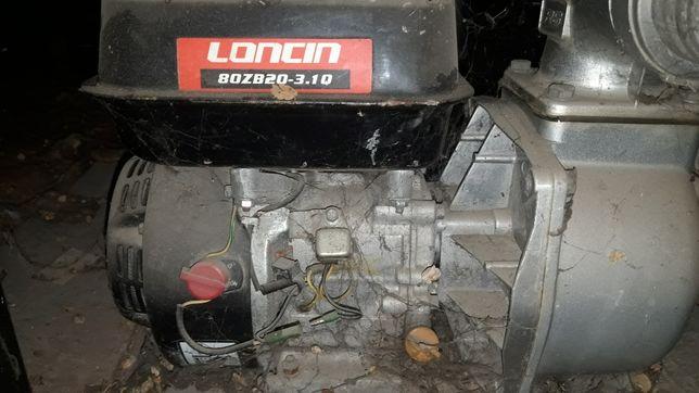 Мотопомпа Насос водинной почттый новый с бинзин