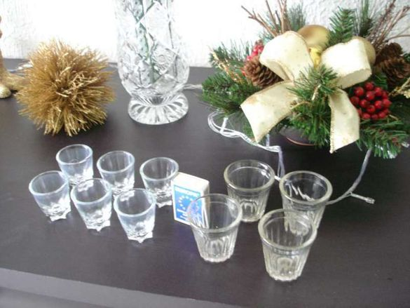 Чаши за ракия, чаши за кафе, кана, солница,табла