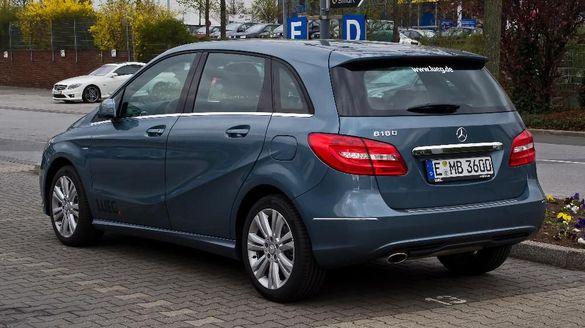 Mercedes B200 2.0i/1.6i/1.6DCI на части