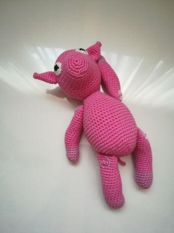 Jucarie roz crosetata