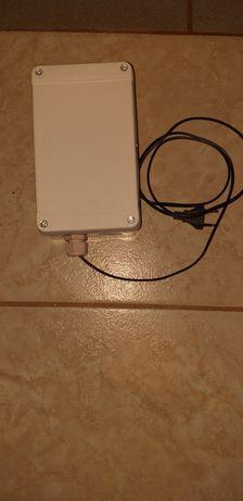 Automatizare wifi pentru usa garaj tip rulou