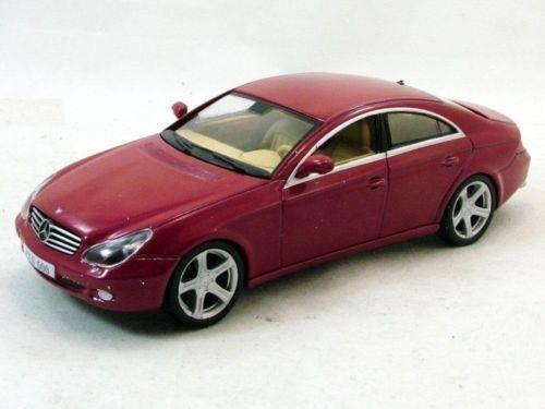 Mercedes Benz CLS - 1:43 ДеАгостини Мерцедес Бенц цлс