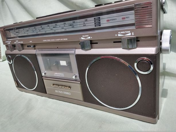 Boombox Grundig Rr 700 a