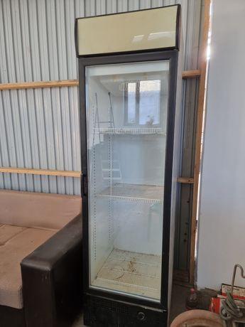 Витринный холодильник для напитков!