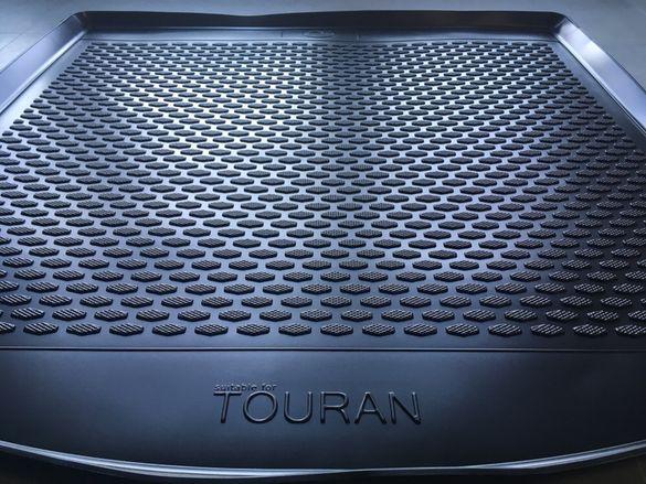 Гумена стелка за багажник VW TOURAN, Туаран от 2003 до 2015г.