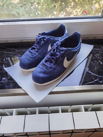 Nike cortez mărimea 44