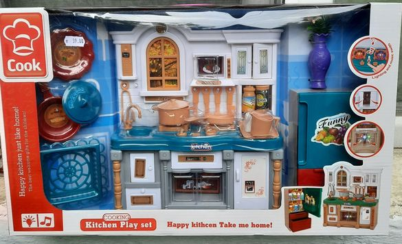 Детска кухня за кукли нова