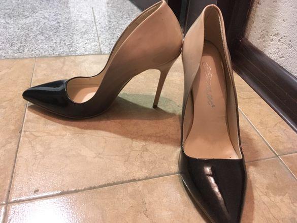 Обувки Мегияс омбре