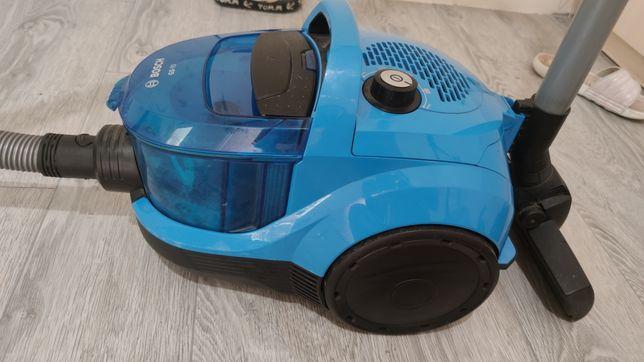 Продам пылесос Bosch