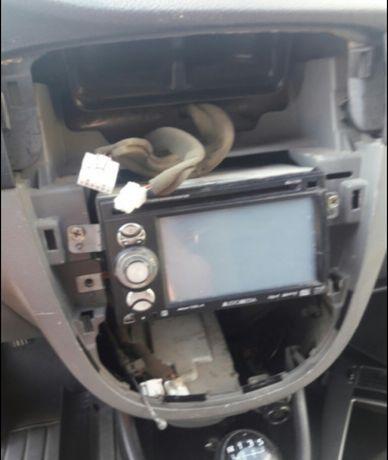 Audio Media MDF 359 MP4 color originala Chevrolet stare excelenta