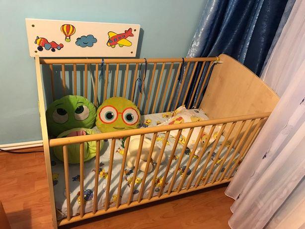 Pătuț din lemn bebe