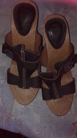 дамски сандали и обувки
