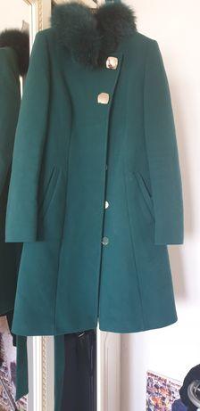 Кашемировое пальто фирмы Loreta
