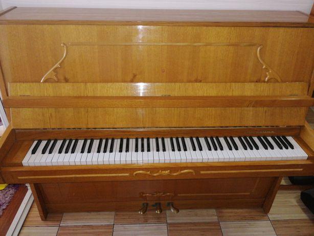 Vând pianina Ucraina în stare perfecta