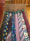 Продавам нови мъжки вратовръзки