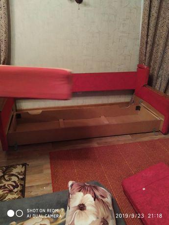 Продам диван+2кресла+журнальный столик