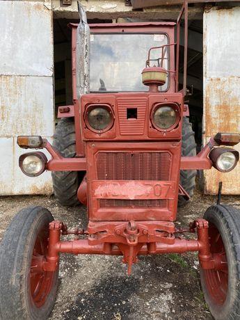 Vand tractor U650 si remorca 3 tone