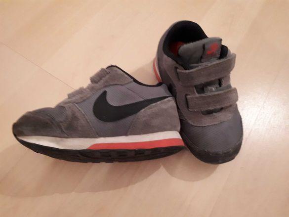Детски маратонки Nike 22 номер, 15см стелка