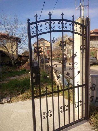 Врати и портали от ковано желязо