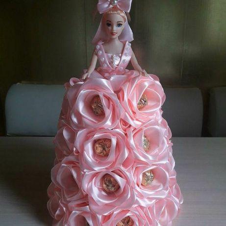 Для мольнких принцессы  подарк с канфетами