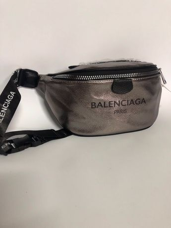 Чанти за кръст и през рамо Balenciaga,Supreme,Dior,Gucci