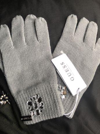 Красиви дамски ръкавици Guess с камъни