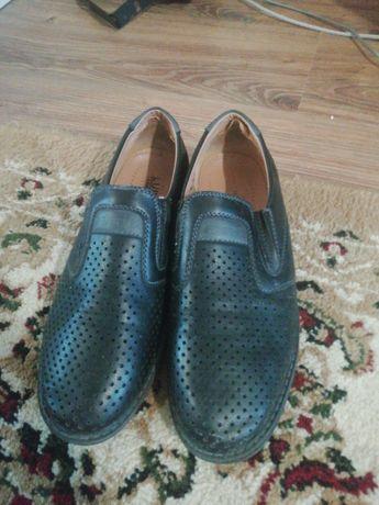 Продам туфли на школу