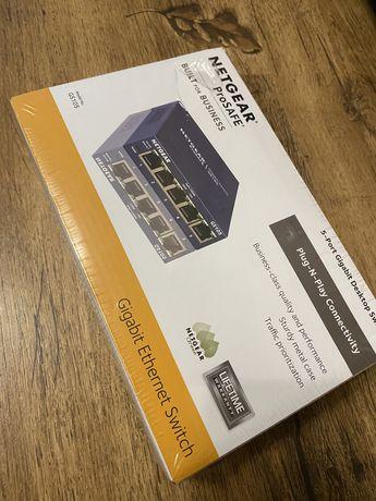 NetGear ProSafe GS105- 5 porturi