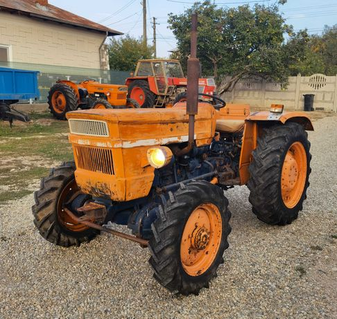 Tractor UTB 445 DT 4x4 Universal 445, Fiat 450 445 Dt