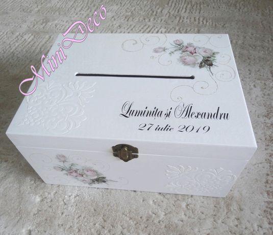 Cutie dar pentru nunta din lemn personalizata