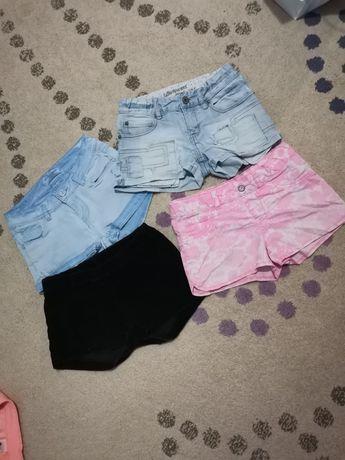 Лот от къси панталонки