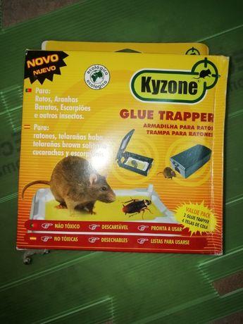 Statii de intoxicare si placi cu lipici Gluetrapper Pack