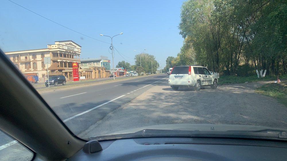 Жер сатамын Бахар рестораннын артында Алматы - изображение 1