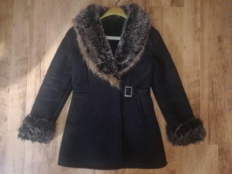 Дамско палто L размер