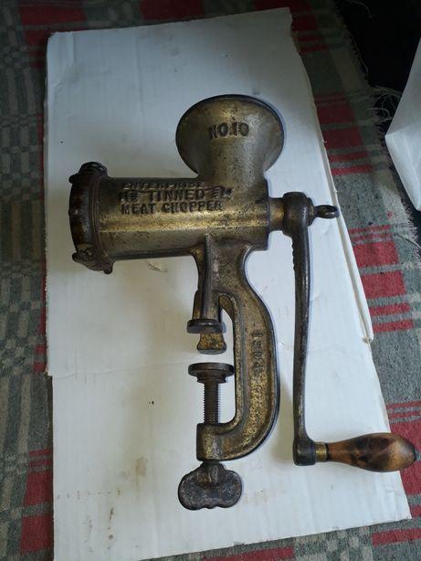 Masina de tocat fonta americana an 1887