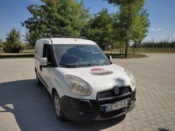 Vând Fiat Doblo an fabricație 2011 acte valabile se oferă fiscal