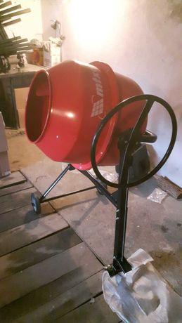 Бетонобъркачка под наем 200 литра-може и транспорт