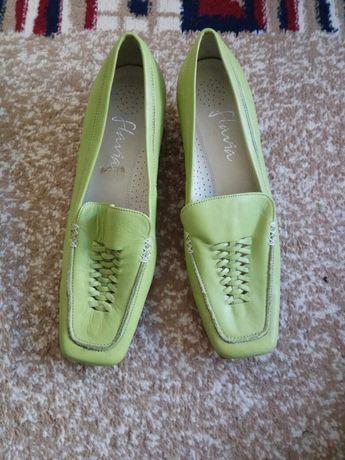 Зелени обувки -естествена кожа. 39, 40