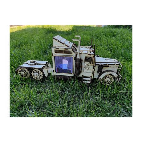 Camion 3D personalizat cu poze si text