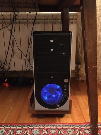 Компьютер настольный в комплекте