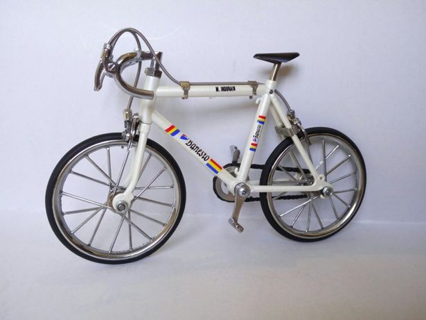 Bicicleta (de jucarie)(Macheta) Miguel Indurain