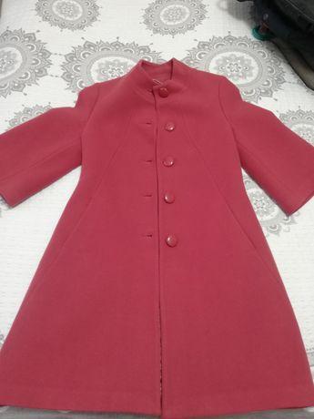 Продам пальто очень стильное