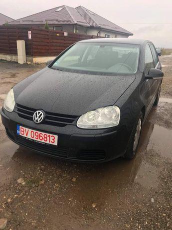 Volkswagen Golf 5 1.6 benzina 2004