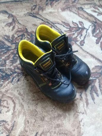 Ботинки демисезонеые мужские 41 размер