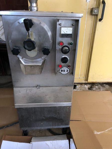 Италианска машина за твърд сладолед гр. Тополовград - image 1