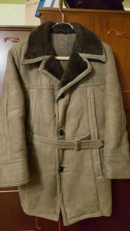 Vand haina de blana pentru barbati noua